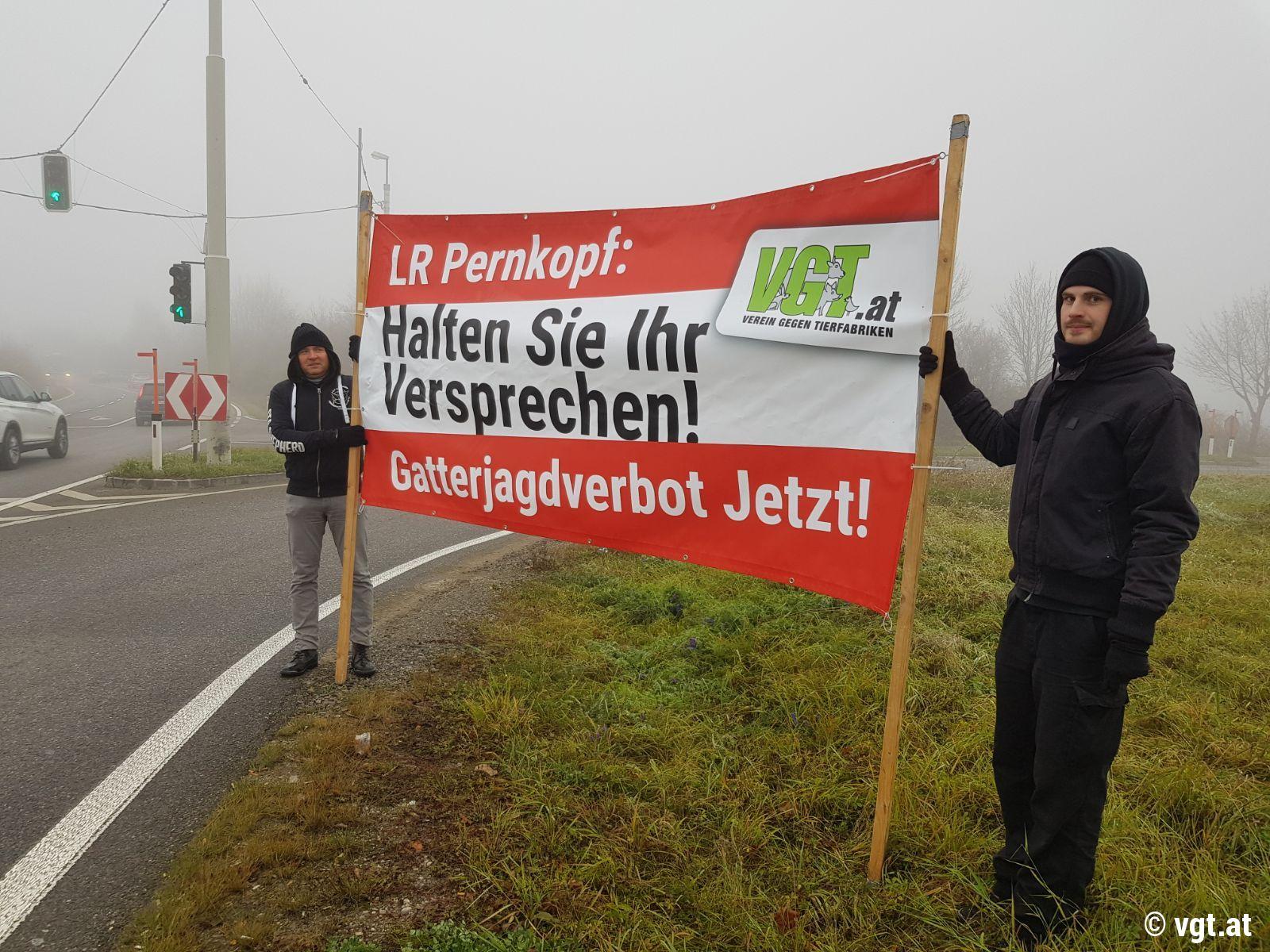 Demo Gatterjagdverbot St. Pölten: Landesrat Pernkopf, bitte halten ...